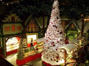 Europe- Christmas Store
